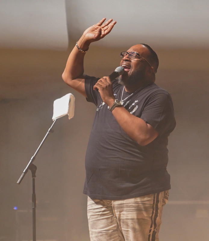 Pastor/singer/songwriter Marvin Sapp performs to a sold-out Moody Music Concert Hall Jan. 20 at the annual Realizing the Dream concert.